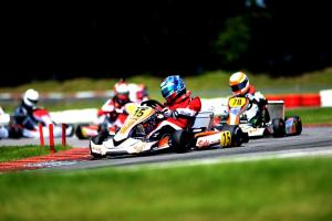 karting boissy l aillerie rkc karting 10 minutes sur le plus grand circuit d europe